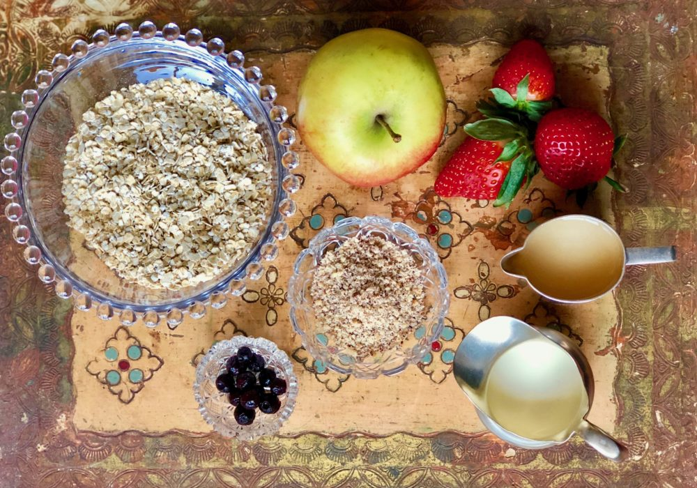 Birchermuesli delight ingredients tray
