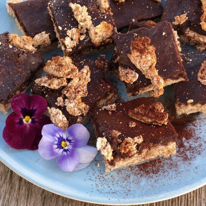 VeganChocolate&Banana barl ightblueplate