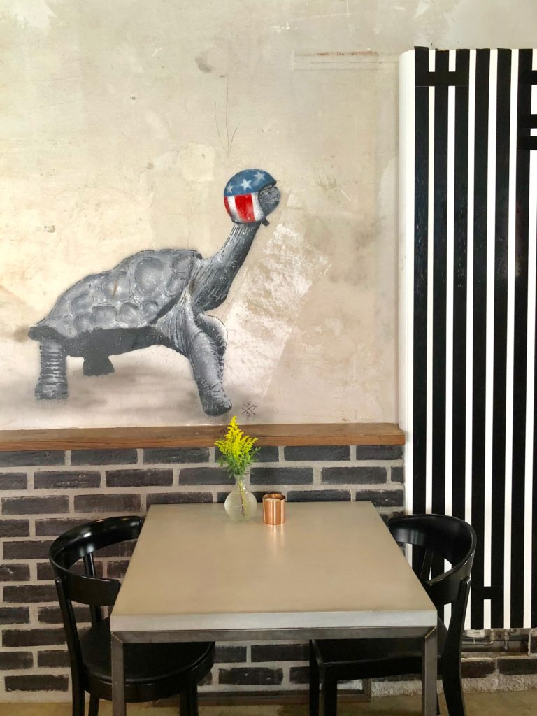 Mural ~ Food & Street Art in Munich table with turtle art