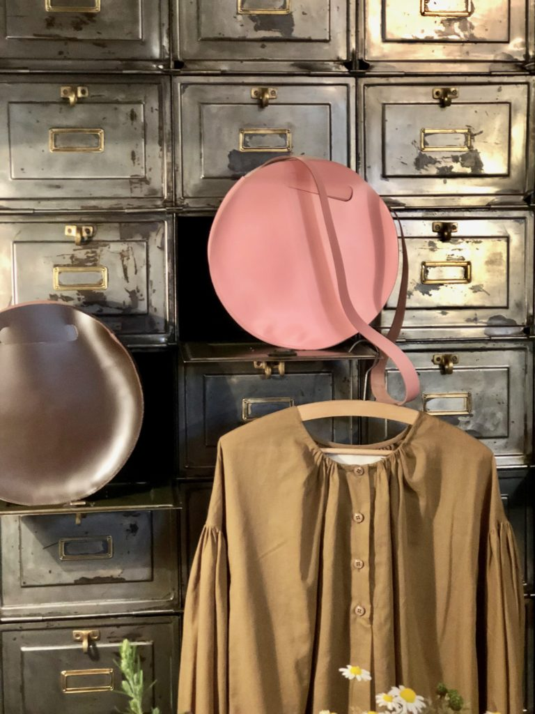 Studio des Lostanges ~ a breeze of pureness close up cupboard with bags and blouse