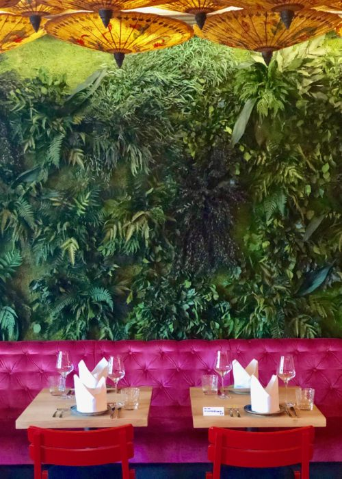 Enter The Dragon ~ trendy in Munich! The Flying Dragon restaurant plant walls
