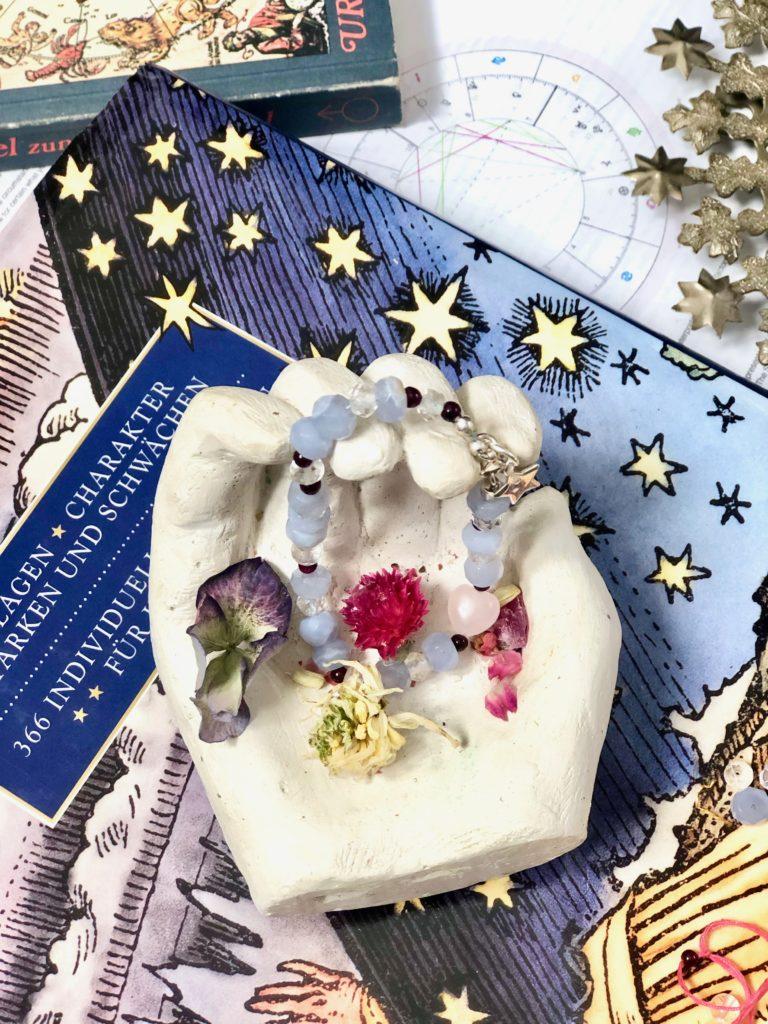 Enlightening ~ The power of gemstones & crystals_bracletwithbirthstones